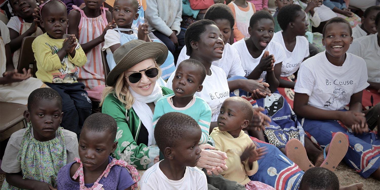 """Raising Malawi""への寄付活動"
